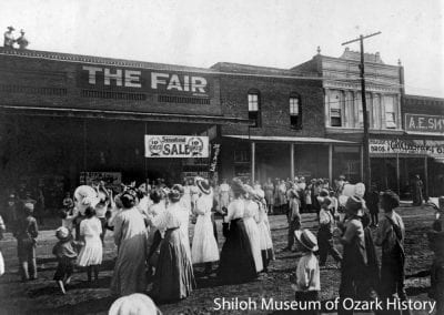 Sale Day at The Fair, Springdale, AR, 1913.