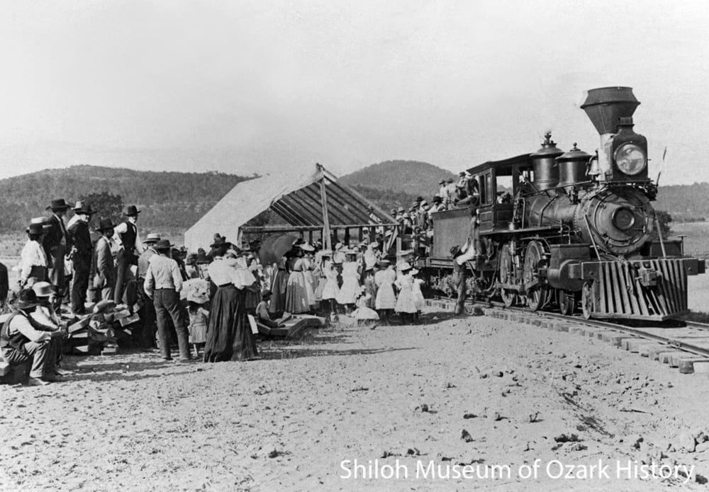 The first St. Louis & North Arkansas train pulling into Berryville, April 15, 1901.