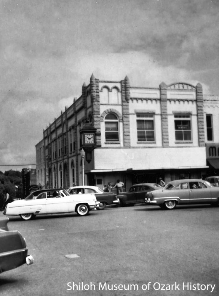 First National Bank, northeast corner of Block & Center Streets, Fayetteville, 1950s. Carl Smith, photographer.