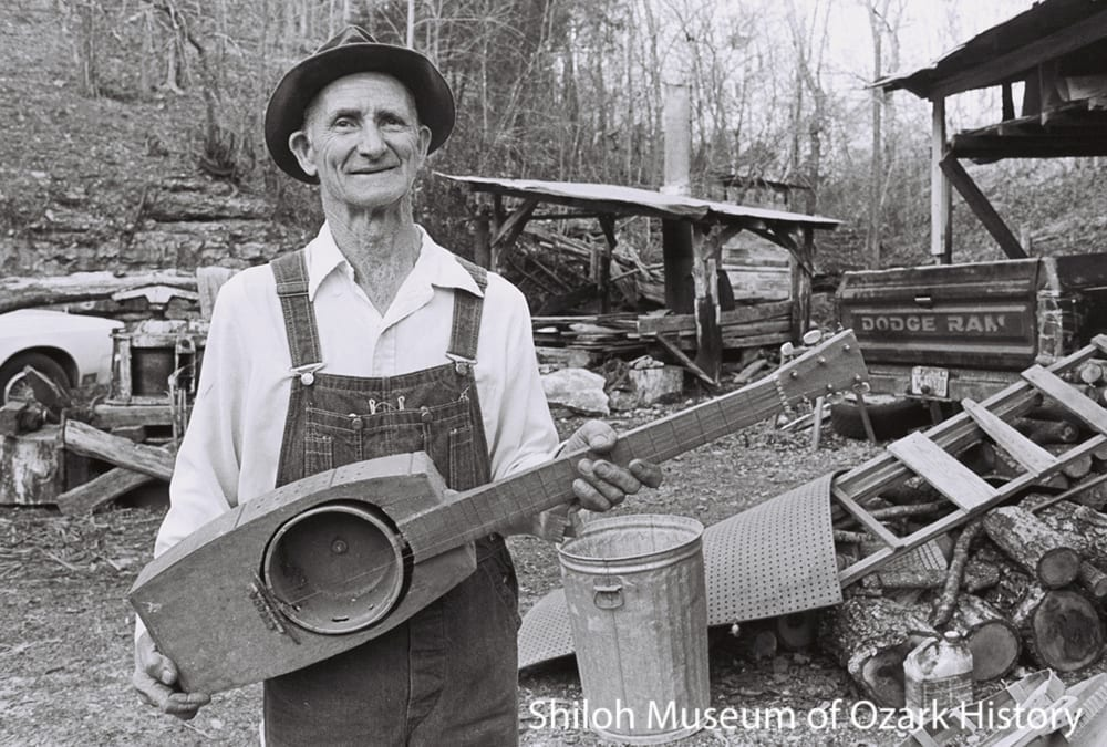 Ed Stilley at his home in Hogscald Holler, 1997. Flip Putthoff, photographer. Courtesy Kelly Mullhollan.