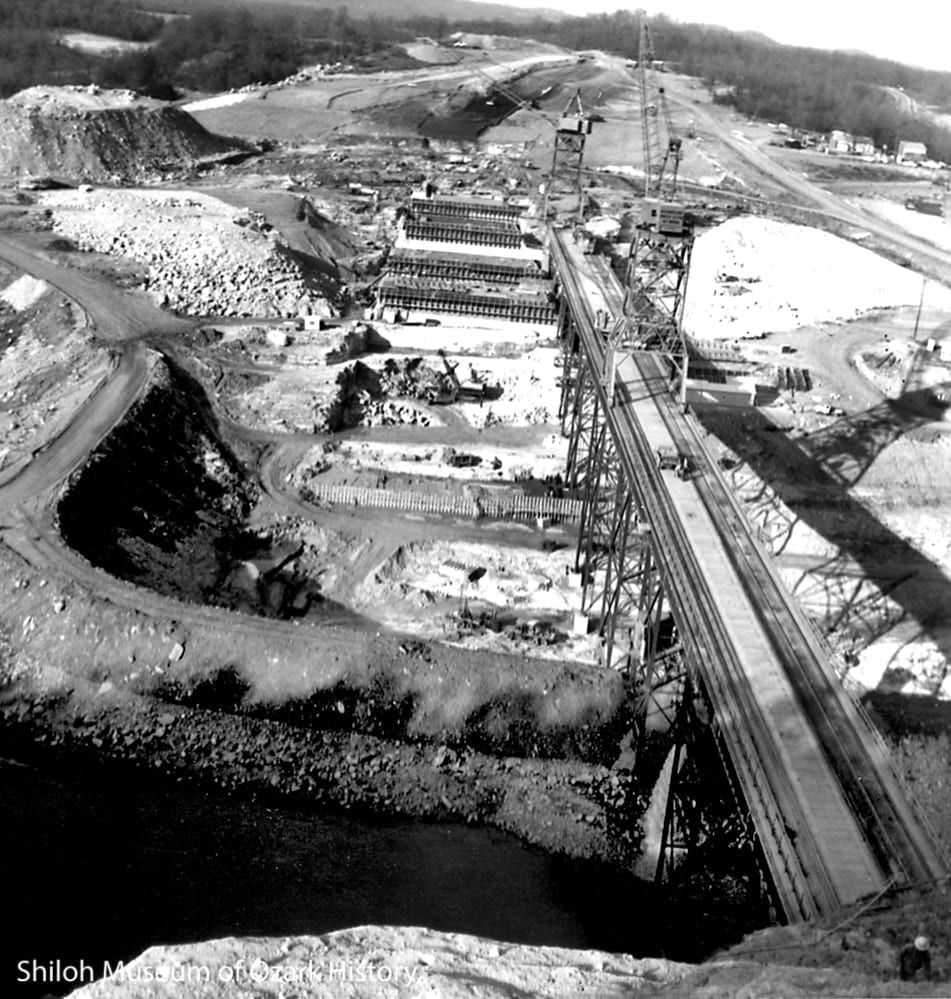 The worksite behind an earthen cofferdam, December 1961.
