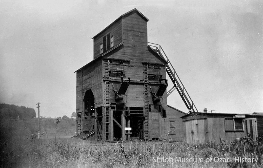 Frisco Railroad coaling tower at Fayette Junction near Fayetteville, Arkansas, early 1900s.