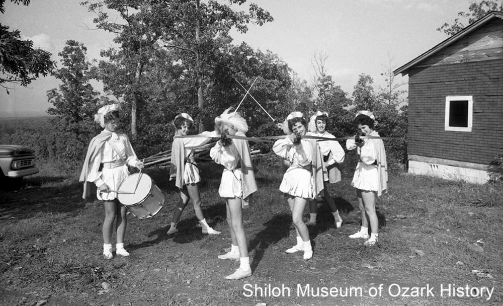 The Crossbowettes strike up a pose, Huntsville, October 1962. Pat Donat, photographer; Northwest Arkansas Times Collection (NWAT D-62-10)