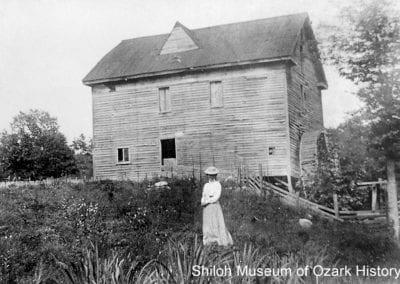Allen's Mill, Cave Springs (Benton County), 1910s.