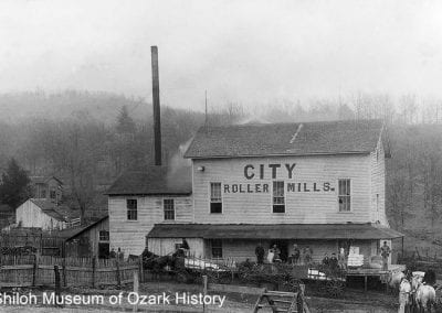 "City Roller Mills (""Old White Mill""), Fayetteville (Washington County), 1900s-1910s."