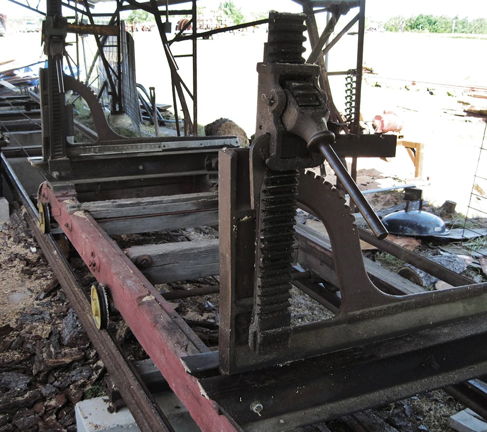 Sawmill carriage
