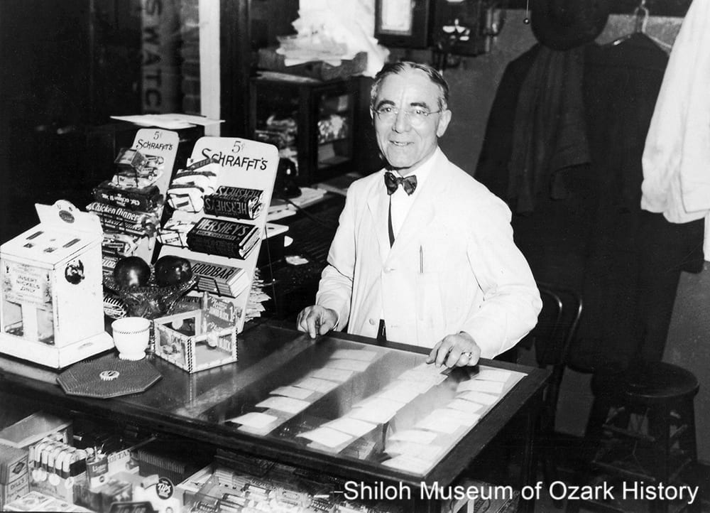George Pappas at the counter of the Majestic Café, Dickson Street, Fayetteville, Arkansas, 1930s.