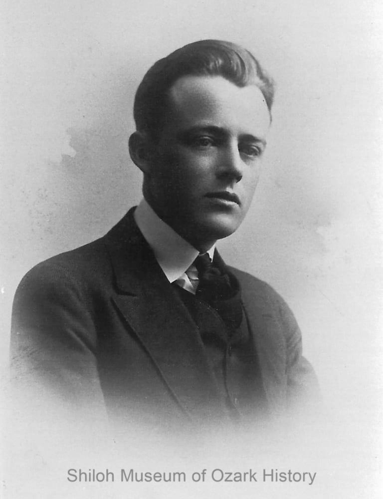 Vance Randolph, 1916
