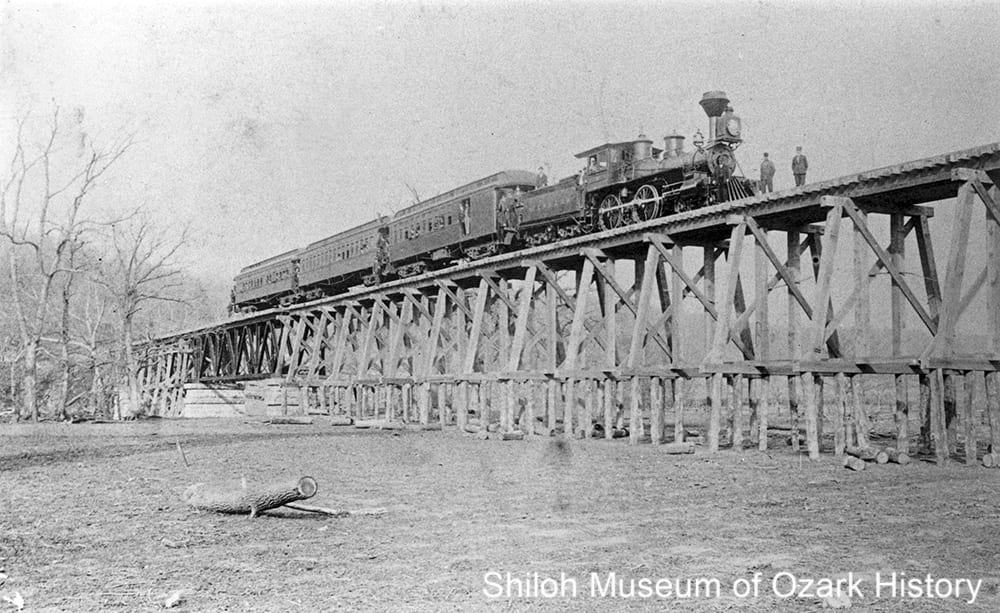 t. Louis and North Arkansas Railroad train on Long Creek trestle, Alpena, Boone County, Arkansas,April 15, 1901.