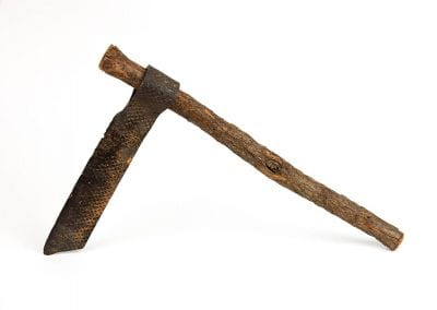 Froe made from a tree branch and a farrier's rasp