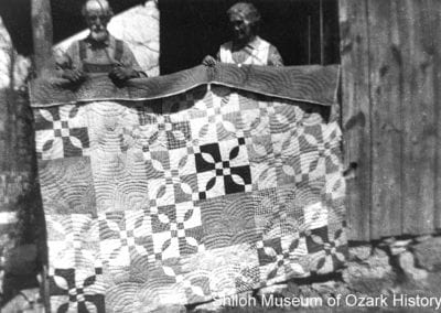 James and Cynthia Secor with their quilt, LaRue, Arkansas, 1920s.