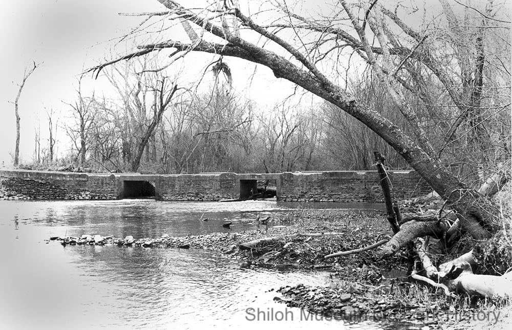 Tilly Willy bridge, West Fork of the White River, near Fayetteville (Washington County), 1980s.