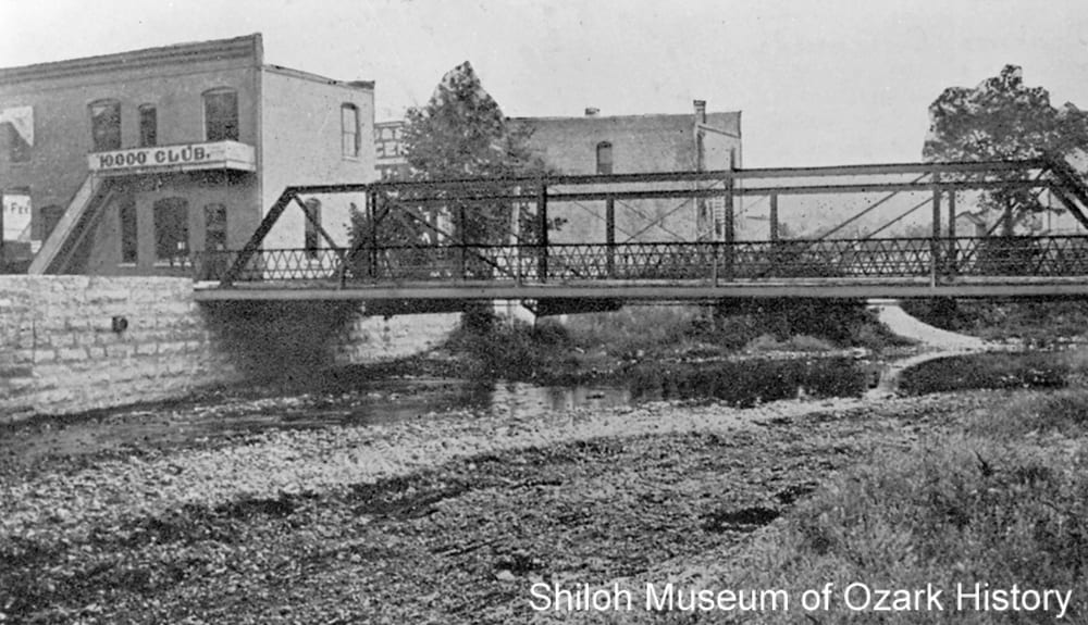 Pony truss bridge, Sager Creek, Siloam Springs (Benton County, Arkansas), about 1908.