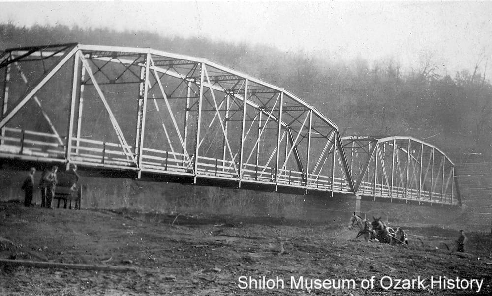 Parker through-truss bridge, White River, Woolsey (Washington County, Arkansas), May 22, 1935.
