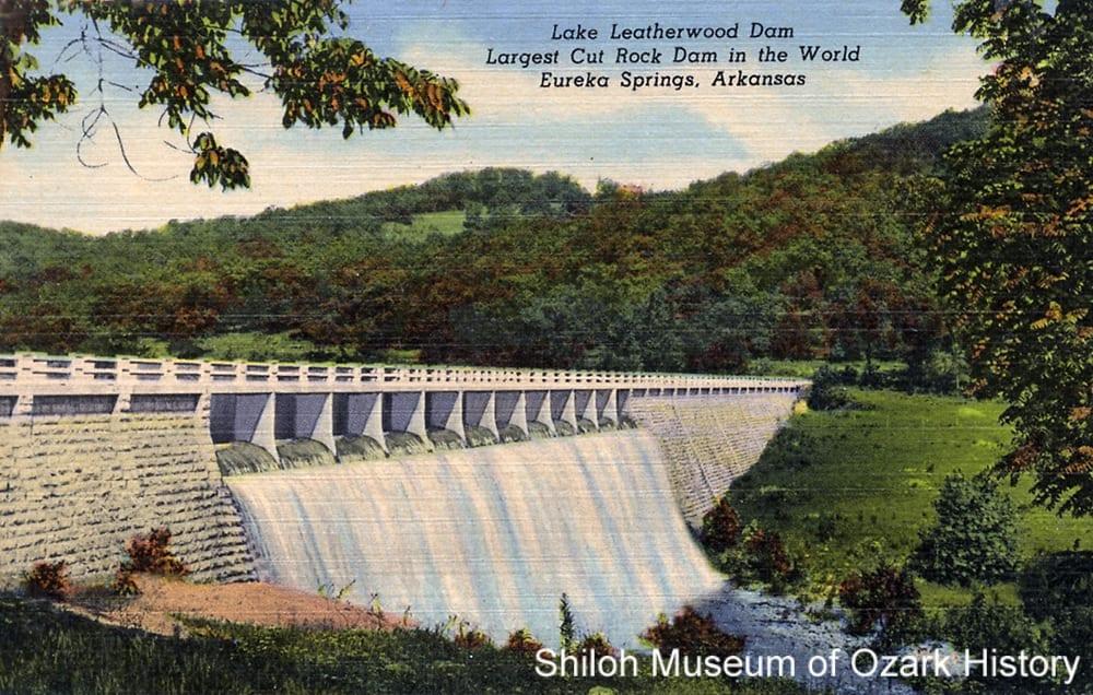 Lake Leatherwood dam, Eureka Springs (Carroll County), 1940sLake Leatherwood dam, Eureka Springs (Carroll County), 1940s-1950s.