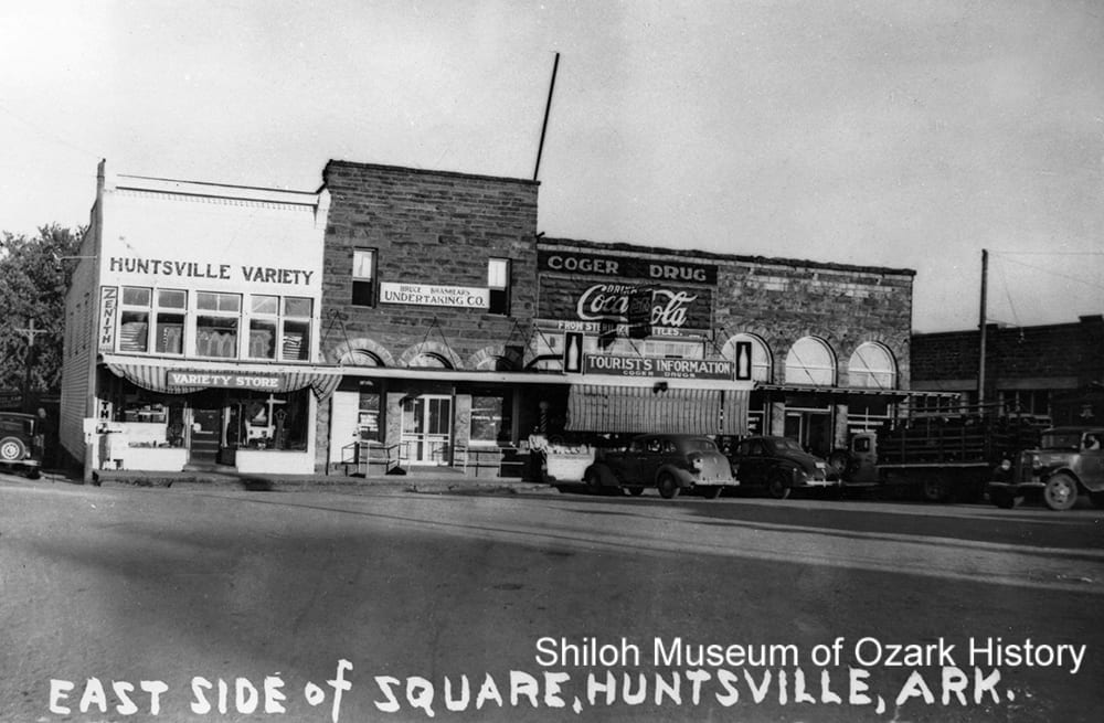 Paved streets around the town square, Huntsville (Madison County), circa 1940.
