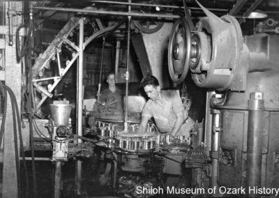 Springdale Canning Company, Springdale, Arkansas, 1943