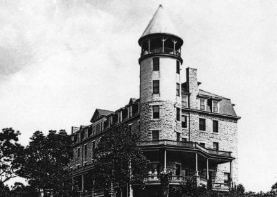 Mountain View Hotel (formerly the Kihlberg Hotel), Sulphur Springs, Arkansas, mid 1910s.