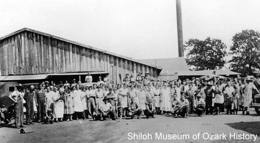 Robinson Canning Company, Siloam Springs, Arkansas, September 24, 1931.