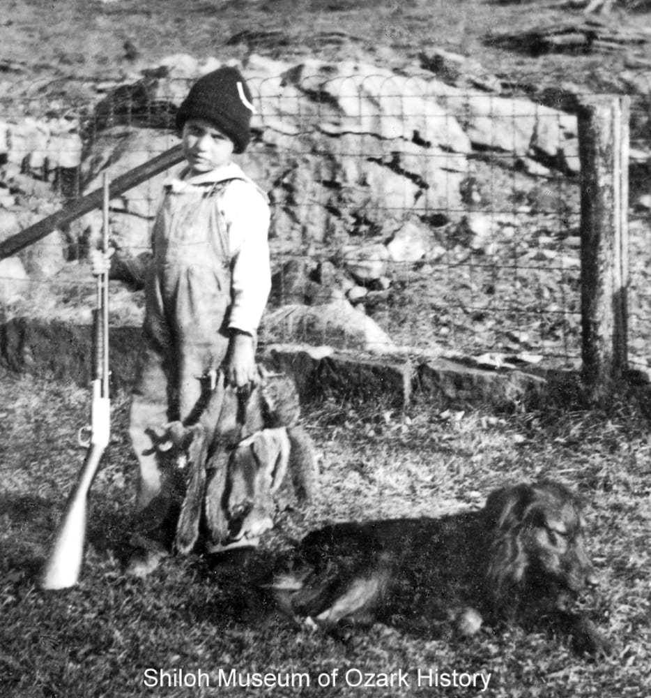 Young squirrel hunter, Kingston (Madison County, Arkansas), early 1920s.
