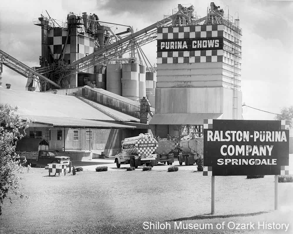 Ralston-Purina Co. feed mill, Springdale, Arkansas, May 12, 1964.